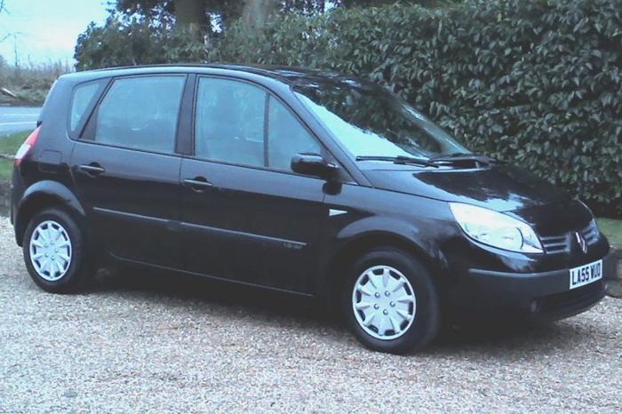 2006 Renault Scenic 1.6 Dynamique 4 Door MPV, Midnight