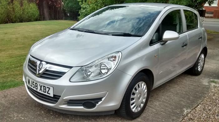 2008 (58 reg) Vauxhall Corsa 1.2 5dr Life. Full Service