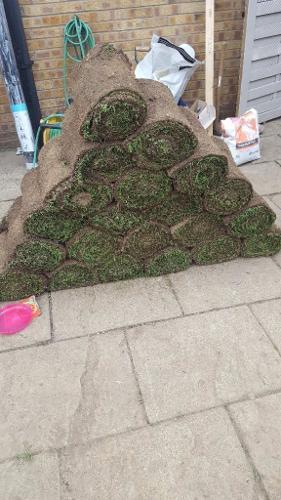 20 x rolls of turf