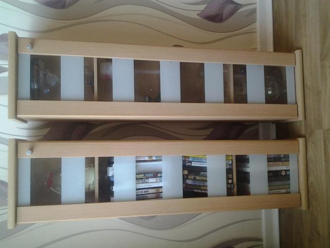 2 CD/ DVD storage units