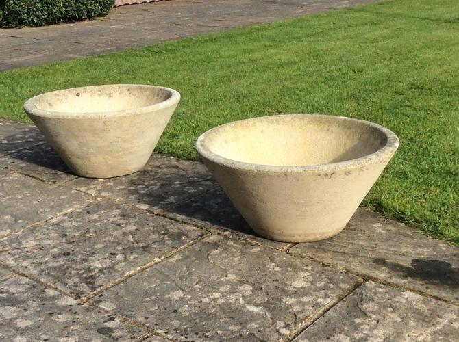 2 x Large Concrete Patio Planters