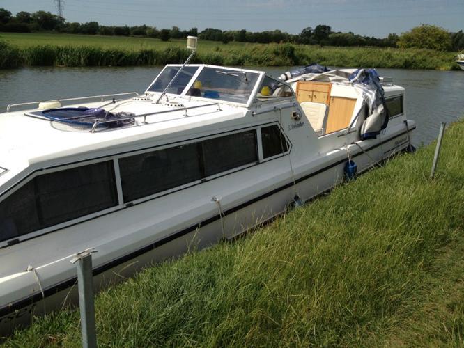 32ft Shetland Inlander Narrow Rivercanal Cruiser