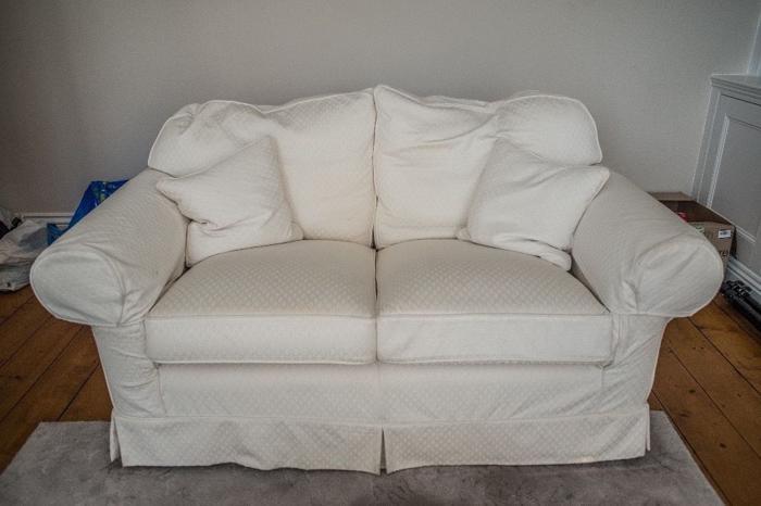 3 piece cream sofa set