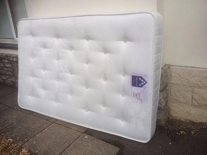 4 foot mattress , queen size mattress , four foot