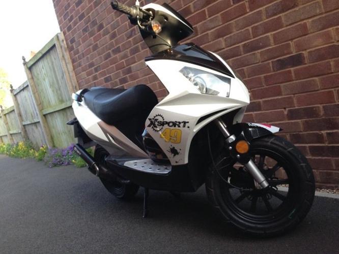 50cc / LONGJIA LJQT50-K / Moped / Learner Legal