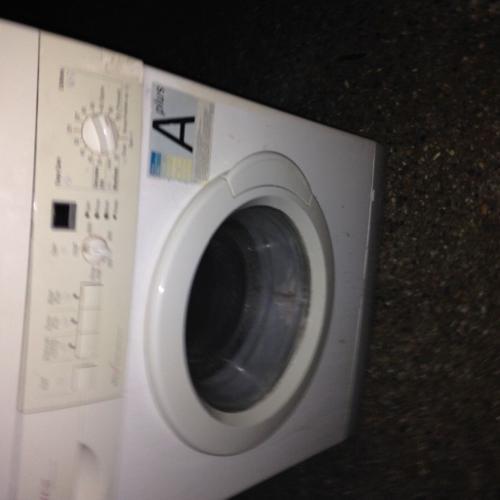 6 kg white washing machine for sale