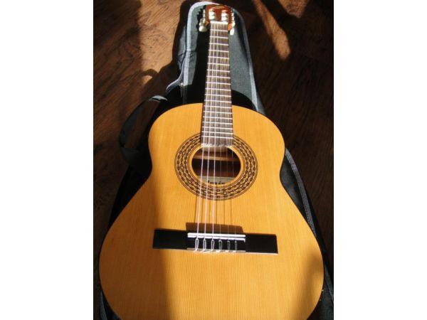 Admira Infante 3/4 Size Guitar