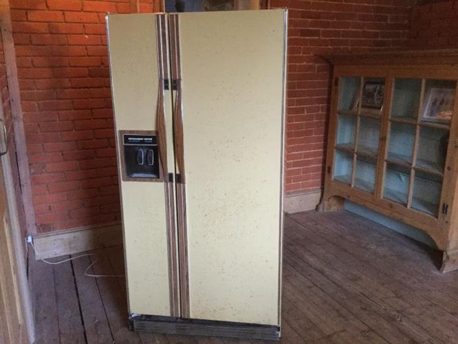 American ' Admiral energy saver' fridge freezer