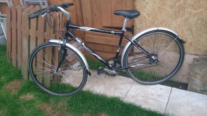 Ammaco York mens road hybrid bike. No swap, no offers,