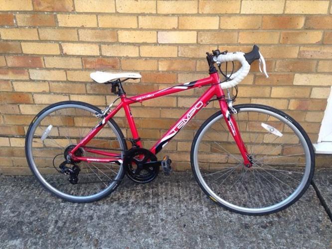 Apollo tempo junior Road Race bike for kids