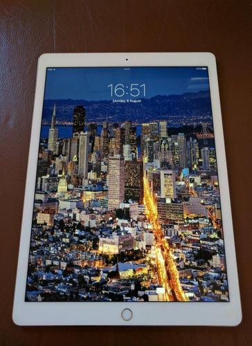 Apple iPad Pro 32GB, Wi-Fi, 12.9in - Gold (Latest