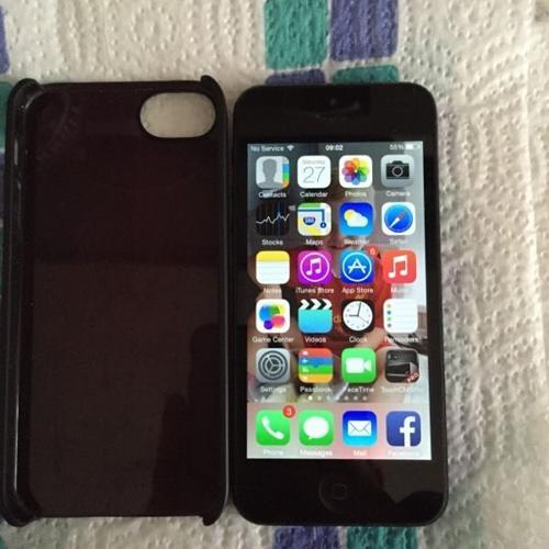 Apple iPhone 32gb Black (case inc.)