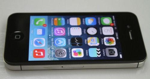 Apple iPhone 4s. Excellent Condition No iCloud / No