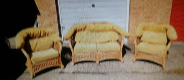 Beautiful Wicker Sofa Set