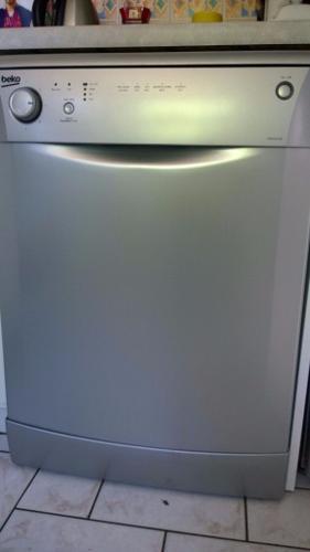 BEKO Dishwasher Silver finish