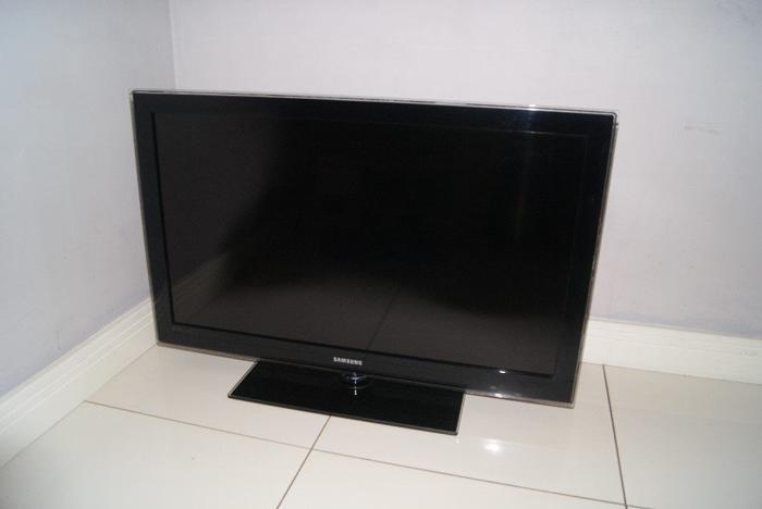 Black Samsung 40