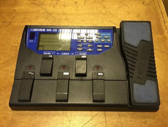 BossME-30 multi effects guitar pedal