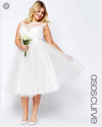 Bridal sweetheart lace dress with tutu midi skirt
