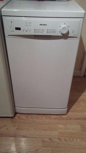 Bush WV9-6W Dishwasher- White