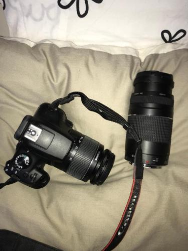 Canon 1300D camera & Additional canon lens - EF