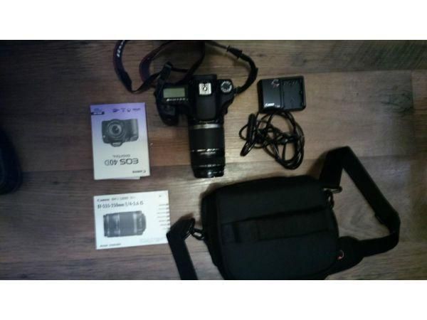 CANON EOS 40D DSLR with telephoto lens
