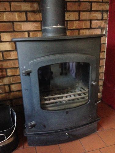 Charnwood Cove 2B Wood/Multi-fuel Boiler Stove