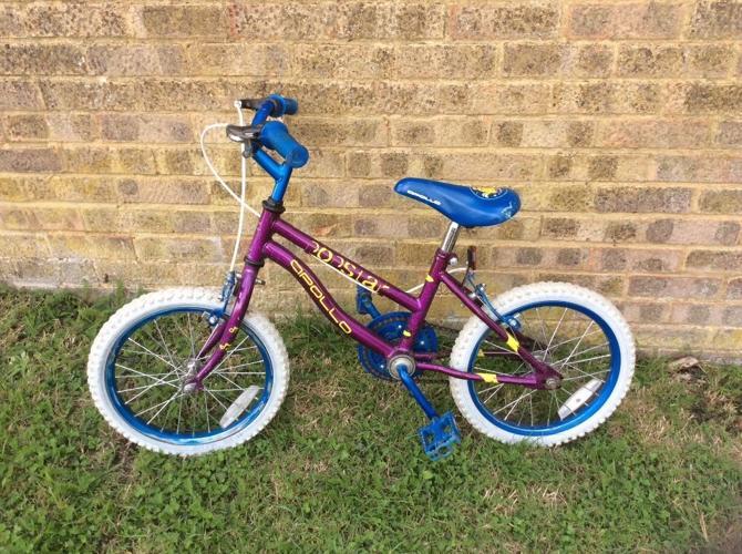 Childs bike Apollo pop star for age 4-7