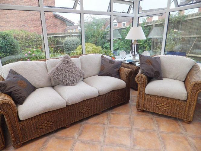 Conservatory furniture rattan suite with cream cushions