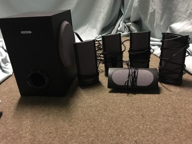 Creatove labs 5.1 surround speakers inc sub woofer