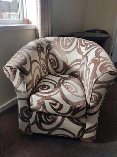 Cuddle/armchair