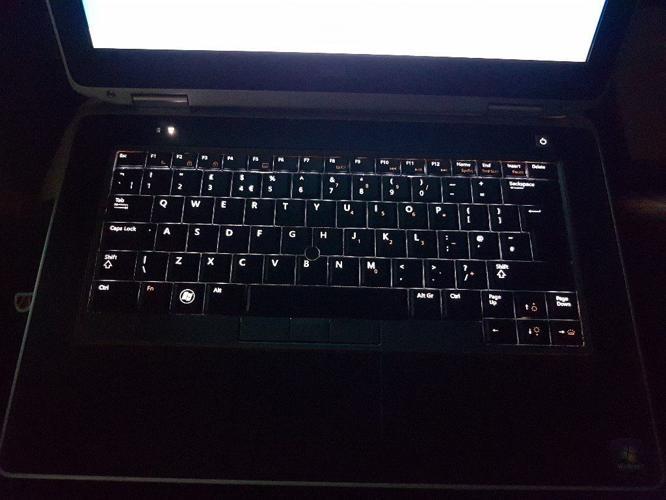 Dell Latitude E6420 Win 7 8gb ram