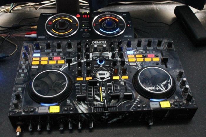 denon dn-mc6000 + pioneer remix station + scytec