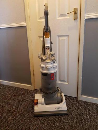 Dyson dc14 multi floor vacuum cleaner