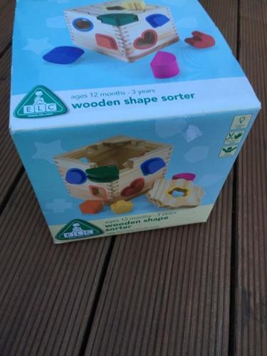 ELC wooden shape sorter