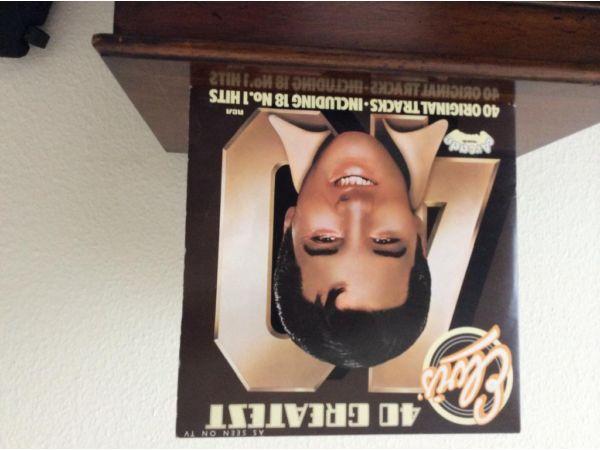 ELVIS Vinyl Album 40 Greatest