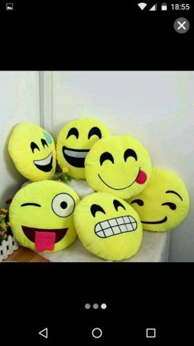 Emoji cushions *Brand New*