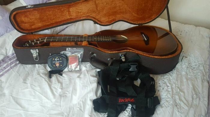 faith mercury sunburst parlour scoop guitar baggs lyric