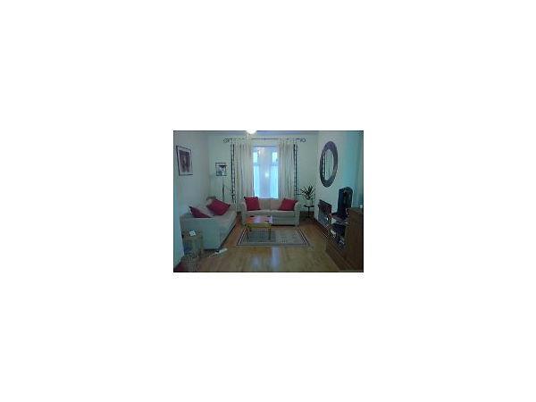 Female House Share near City Centre - £380 includes all