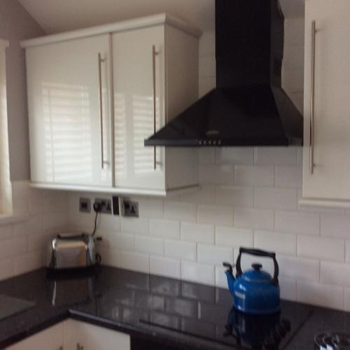 Fitted kitchen units ans appliances
