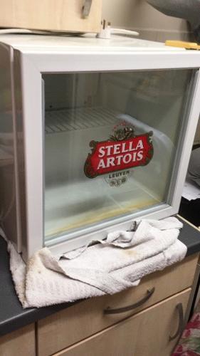 FREE BEER/DRINKS STELLA GLASS FRONT FRIDGE