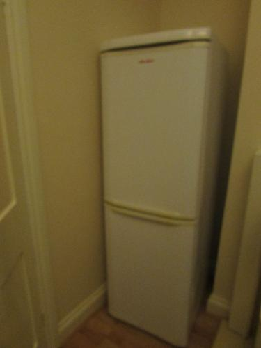 Fridge/Freezer Combo. Working perfectly. Moving house,