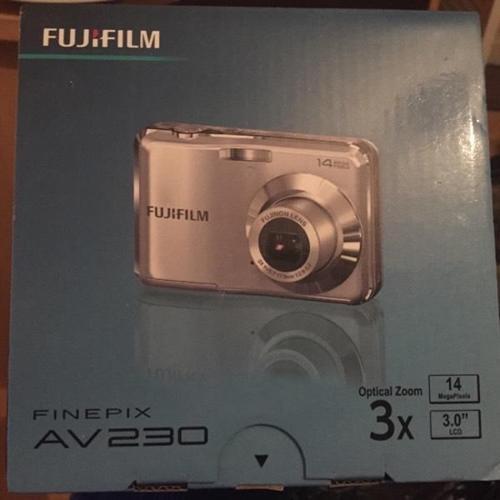 Fujifilm Finepix AV230 never used