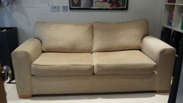 gainsborough sofa cream