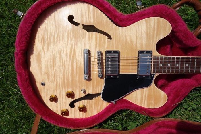 Gibson ES 335 DOT Nashville 2001 flame top