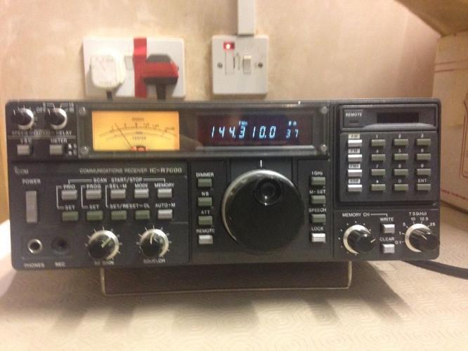 Ham Radio communications Receiver ex-7000