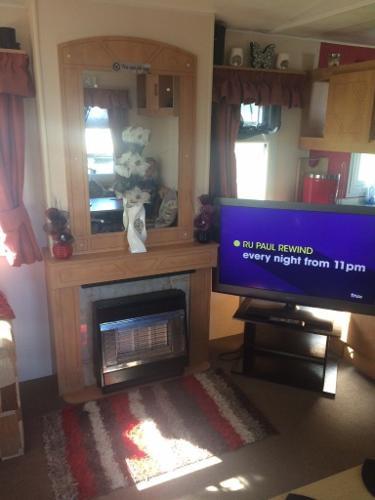 Holiday in Beautiful Skegness 6 berth Caravan 14th