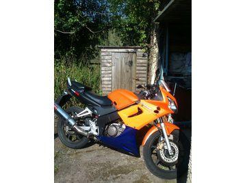 Honda CBR 125 r 2004 motorbike