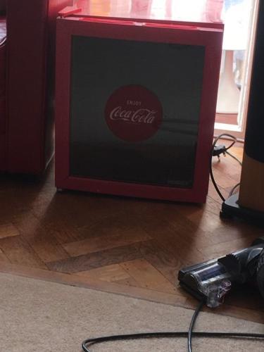 Husky Fridge Coca-Cola