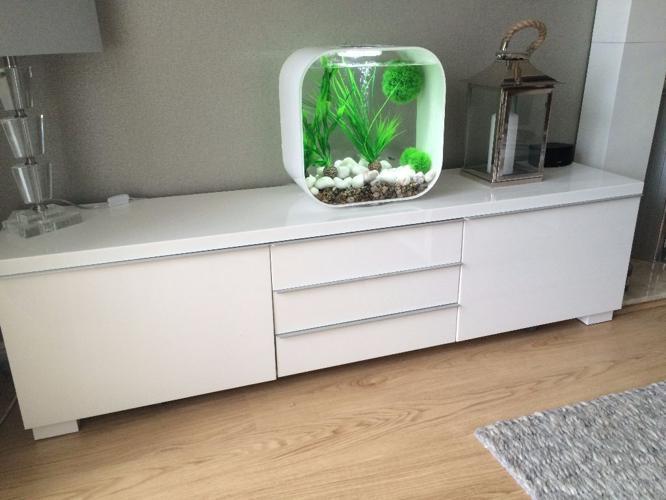 IKEA BESTÅ BURS TV bench, high-gloss white - EXCELLENT