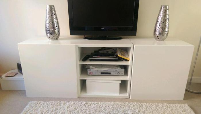 Ikea besta white gloss tv unit